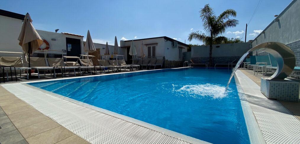 Relax in piscina esterna